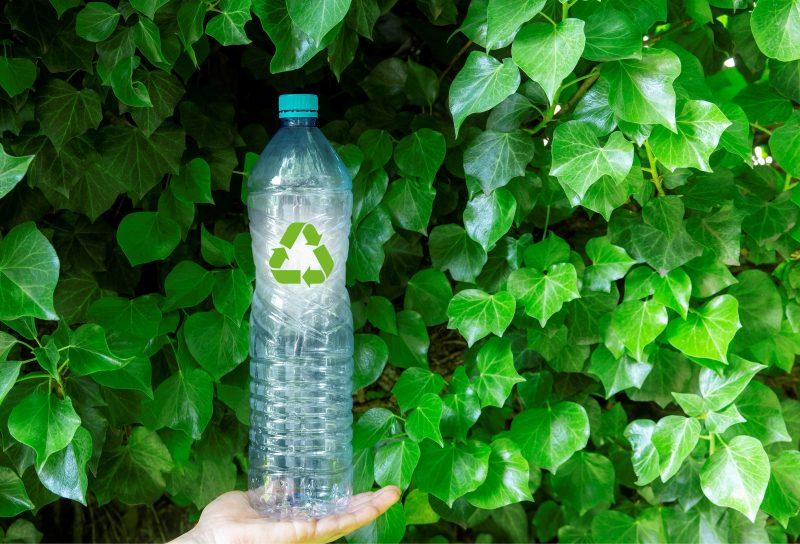 Plastic Free: la sfida di una nuova industria delle plastiche