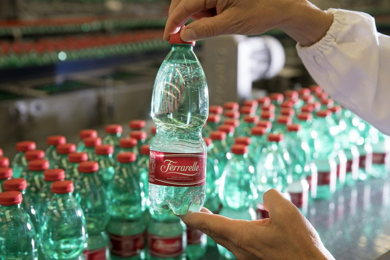 Ferrarelle, bottiglie in PET riciclato