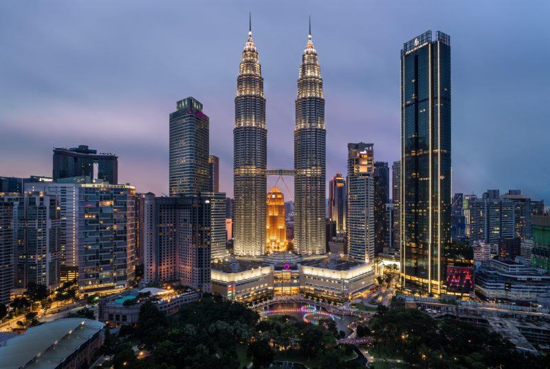 Malesia, l'industria delle plastiche supera gli ostacoli