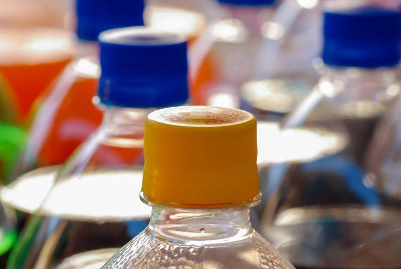 Riciclo delle bottiglie in PET nei supermercati