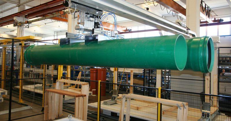 Tubi in polipropilene di grande diametro: automazione fine linea