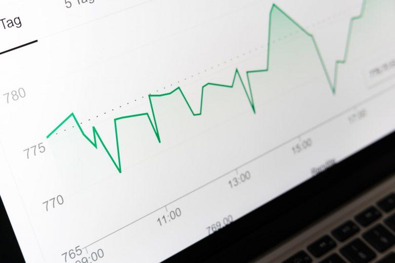 I prezzi in aumento fanno crescere gli utili della petrolchimica