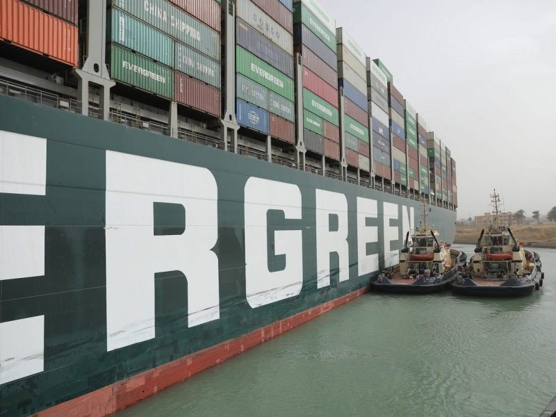 Shortage, prezzi e Suez: in crisi le materie plastiche in Europa